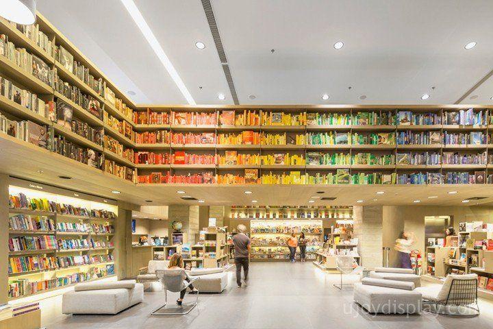 30 impressive retail store interior design_ujoydisplay.com (22)