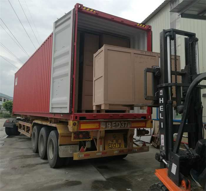 showcase loading to container sea shipping_ujoydisplay
