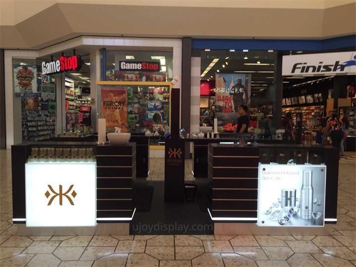 cosmetic mall kiosk_ujoydisplay (2)