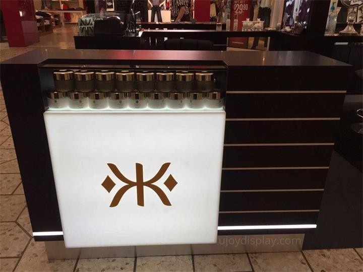 cosmetic mall kiosk_ujoydisplay (6)