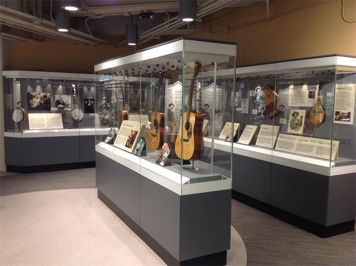 custom museum showcase_ujoydisplay (7)