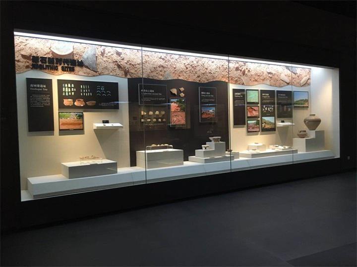 custom museum showcase_ujoydisplay (8)