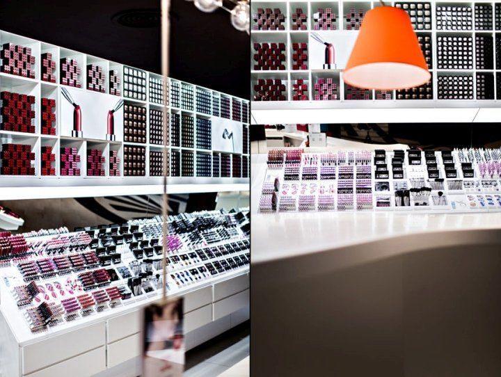 makeup shop showcase_ujoydisplay (6)