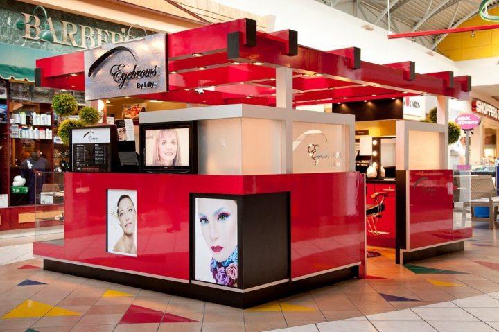 red eyebrow threading kiosk_ujoydisplay (2)